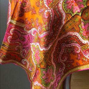 Accessories - Vintage silk scarf